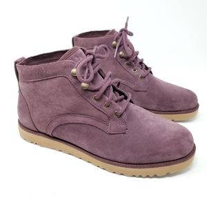 Ugg Bethany boot size 10 maroon